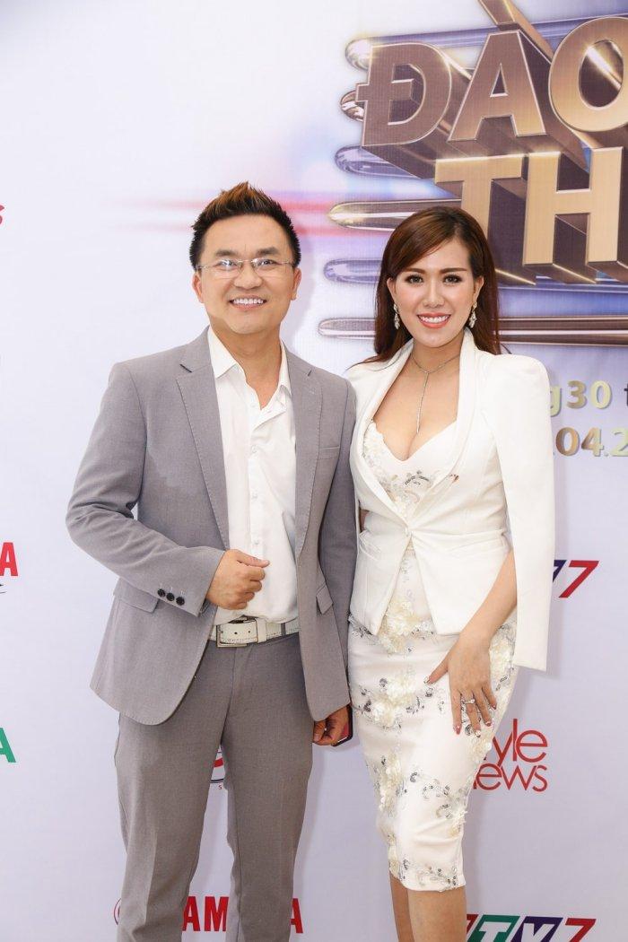 Khong con sanh doi ben Truong Quynh Anh, Tim lo ban gai moi hinh anh 2