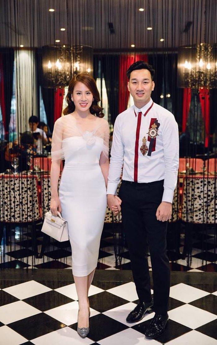 MC Thanh Trung tang vo tui xach dat tien cung loi chuc sinh nhat ngot ngao hinh anh 1