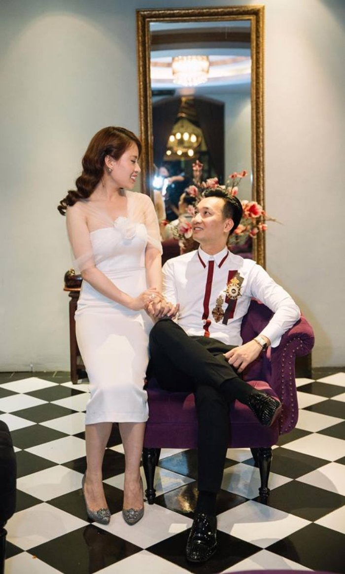 MC Thanh Trung tang vo tui xach dat tien cung loi chuc sinh nhat ngot ngao hinh anh 4