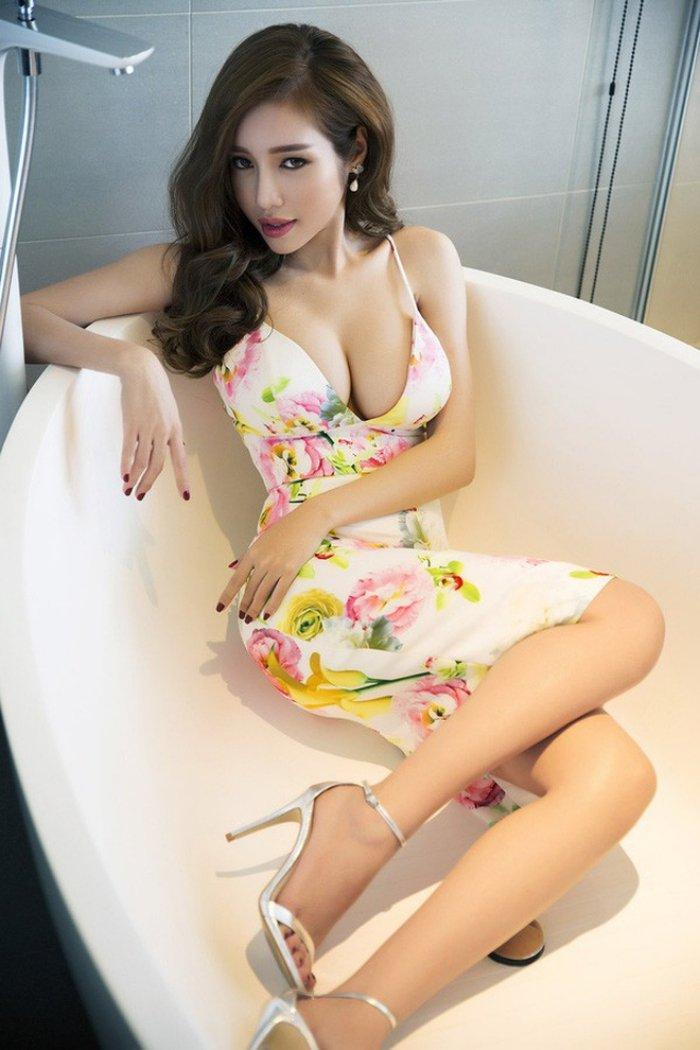 'Cuoc chien' khoc liet cua dan my nhan Viet tren duong dua nhan sac dat chuan sexy hinh anh 4
