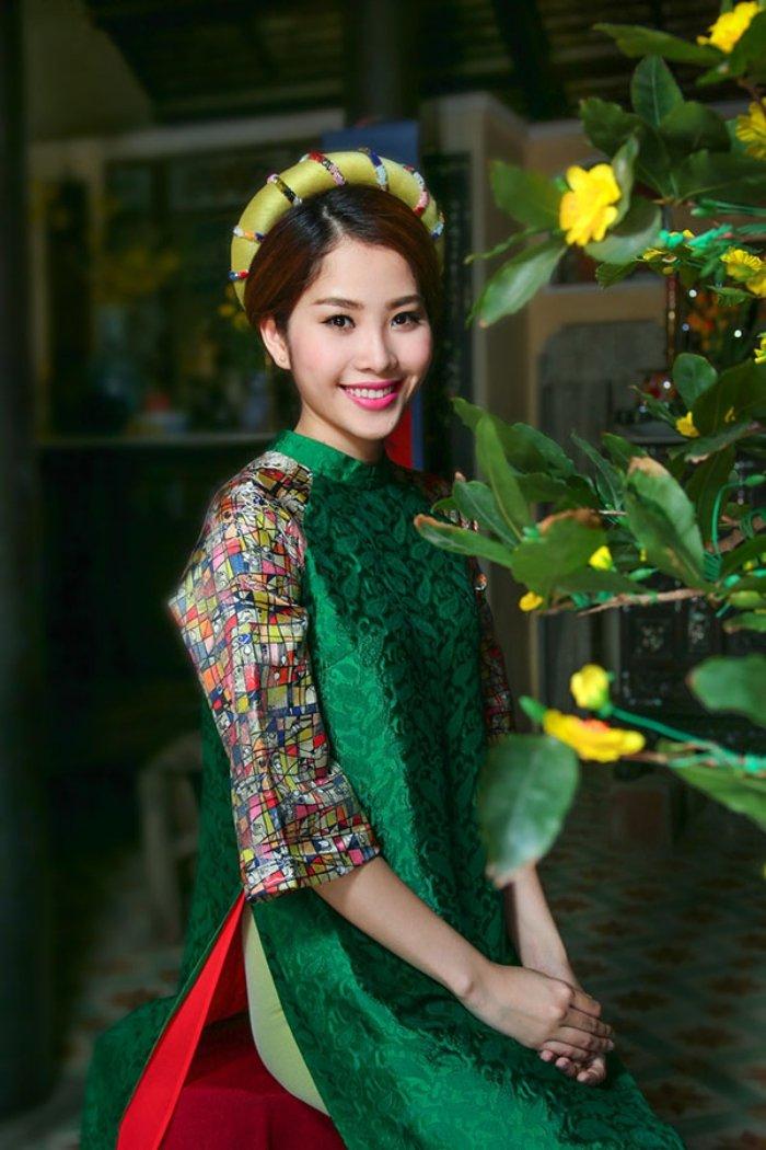 Chang duong 3 nam trong showbiz cua Nam Em hinh anh 3
