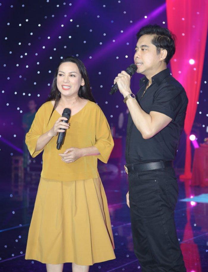 Sau dang quang Hoa hau, Huong Giang duoc Che Linh moi hat trong liveshow hinh anh 2