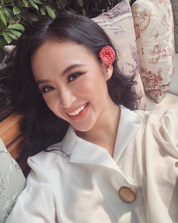 Angela Phuong Trinh - Ky Duyen - Nam Em: 3 my nhan Viet vuong nghi van tham my hinh anh 15