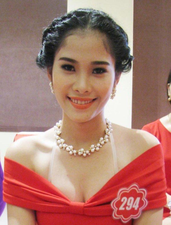 Angela Phuong Trinh - Ky Duyen - Nam Em: 3 my nhan Viet vuong nghi van tham my hinh anh 20