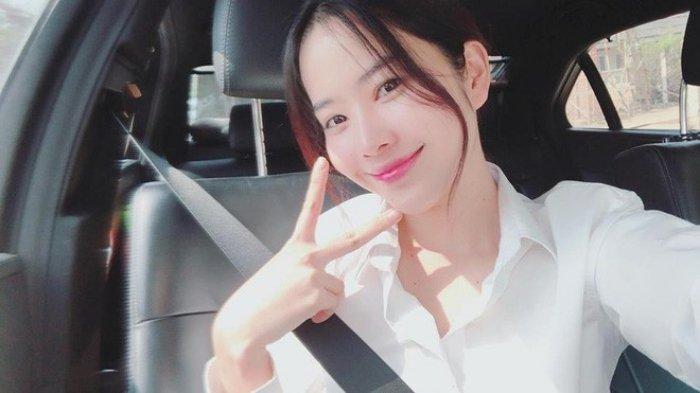 Angela Phuong Trinh - Ky Duyen - Nam Em: 3 my nhan Viet vuong nghi van tham my hinh anh 26