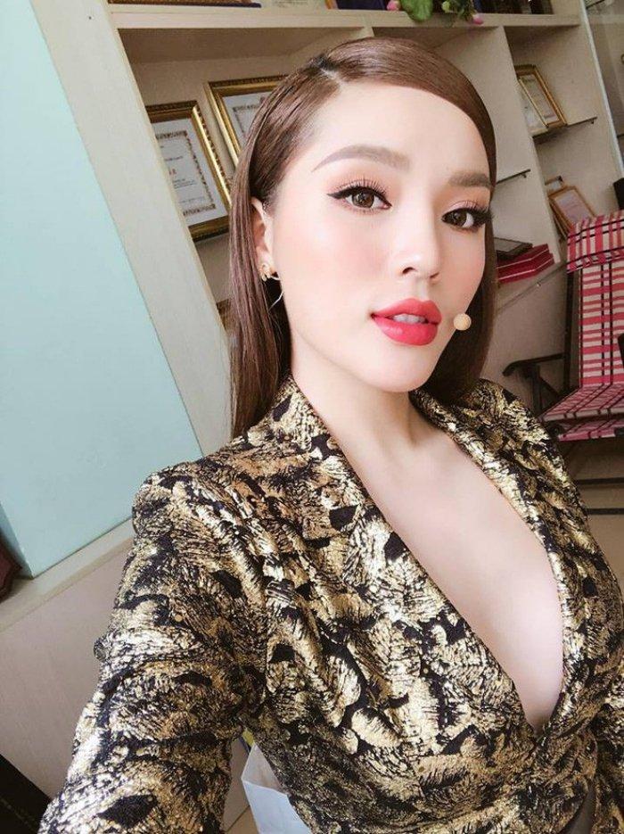 Angela Phuong Trinh - Ky Duyen - Nam Em: 3 my nhan Viet vuong nghi van tham my hinh anh 4