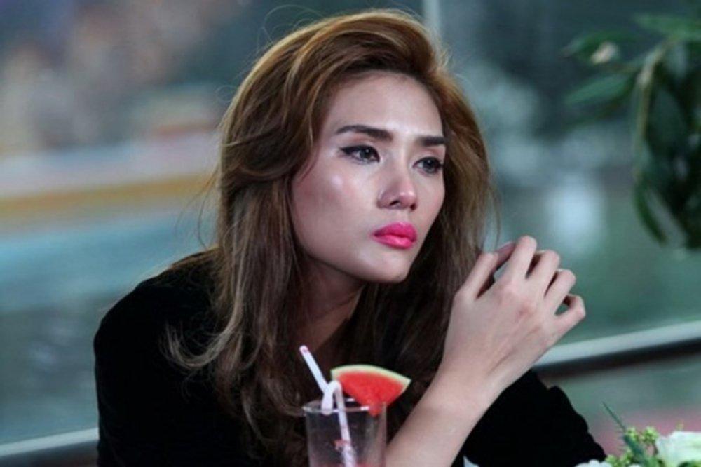 Vo Hoang Yen: 'Toi luu tin nhan va ghi am cuoc goi ham doa' hinh anh 1