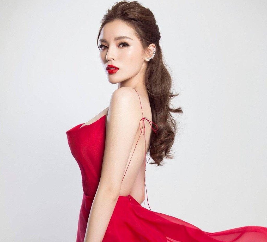 Ky Duyen, Mai Phuong Thuy thay doi the nao sau khi dang quang Hoa hau? hinh anh 5