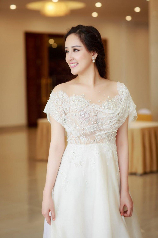 Ky Duyen, Mai Phuong Thuy thay doi the nao sau khi dang quang Hoa hau? hinh anh 7