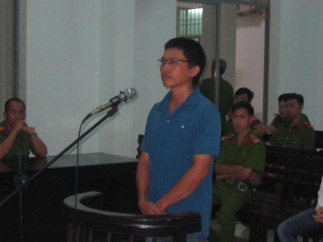 Nguyen kiem sat vien nhan 7 nam tu vi chay an hinh anh 1