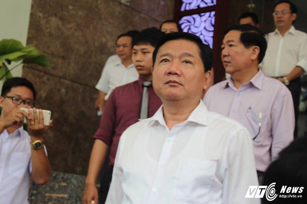 Ong Dinh La Thang xin loi nhan dan TP.HCM hinh anh 2