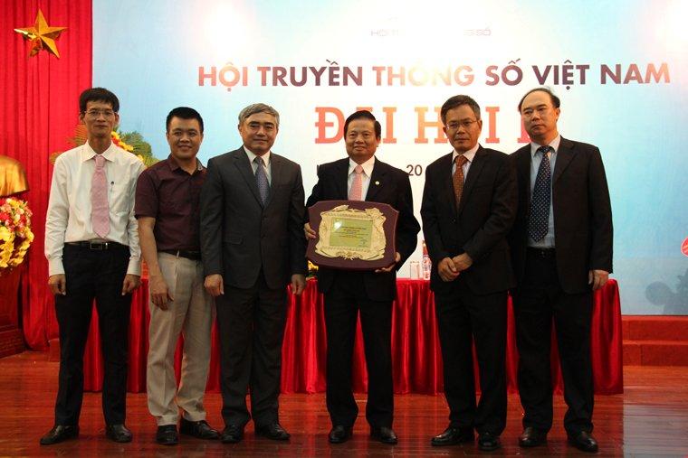 Thu truong Nguyen Minh Hong tro thanh Chu tich Hoi Truyen thong so Viet Nam hinh anh 4