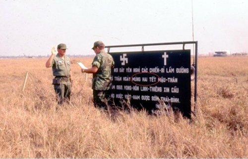 Tim mo 600 liet si trong san bay Tan Son Nhat: Thong tin bat ngo tu mot buc anh hinh anh 2