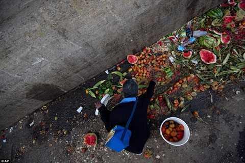 Venezuela trong con suy thoai: Nhung hinh anh gay soc khong tuong tuong duoc hinh anh 3