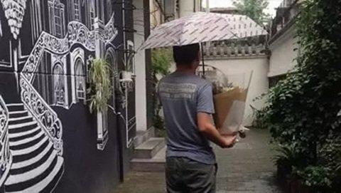 Cho thue ban than, chang trai kiem vai chuc trieu dong/thang hinh anh 1