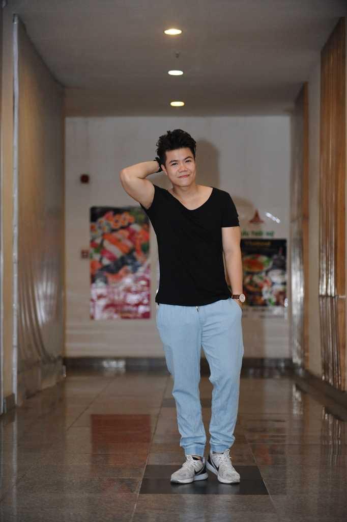 Hua Vi Van lich lam, hot girl Tram Anh eo thon quyen ru hinh anh 5