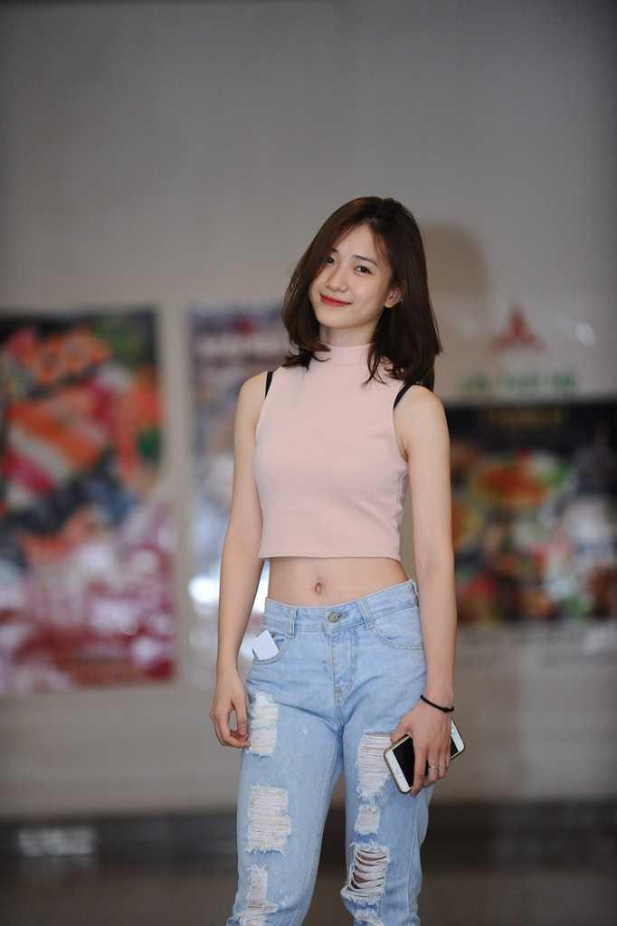 Hua Vi Van lich lam, hot girl Tram Anh eo thon quyen ru hinh anh 9