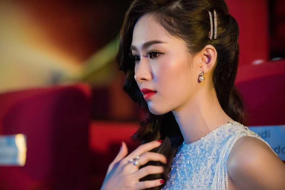 Dan my nhan Dang Thu Thao, Thuy Tien, Thanh Hang do ve quyen ru hinh anh 6