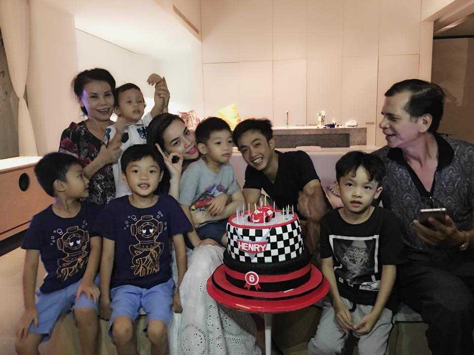 Video Ha Ho - Cuong Do La tai hop mung sinh nhat con trai hinh anh 2