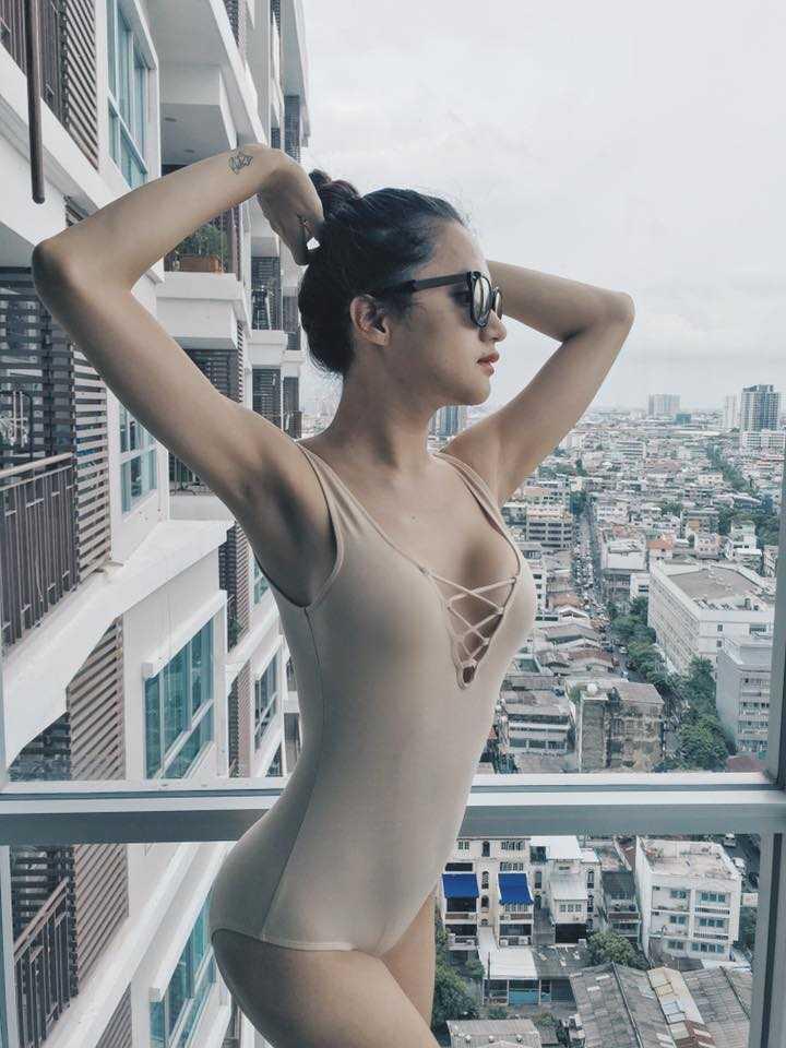 Huong Giang chuyen gioi khoe vong mot duoc photoshop qua da hinh anh 6