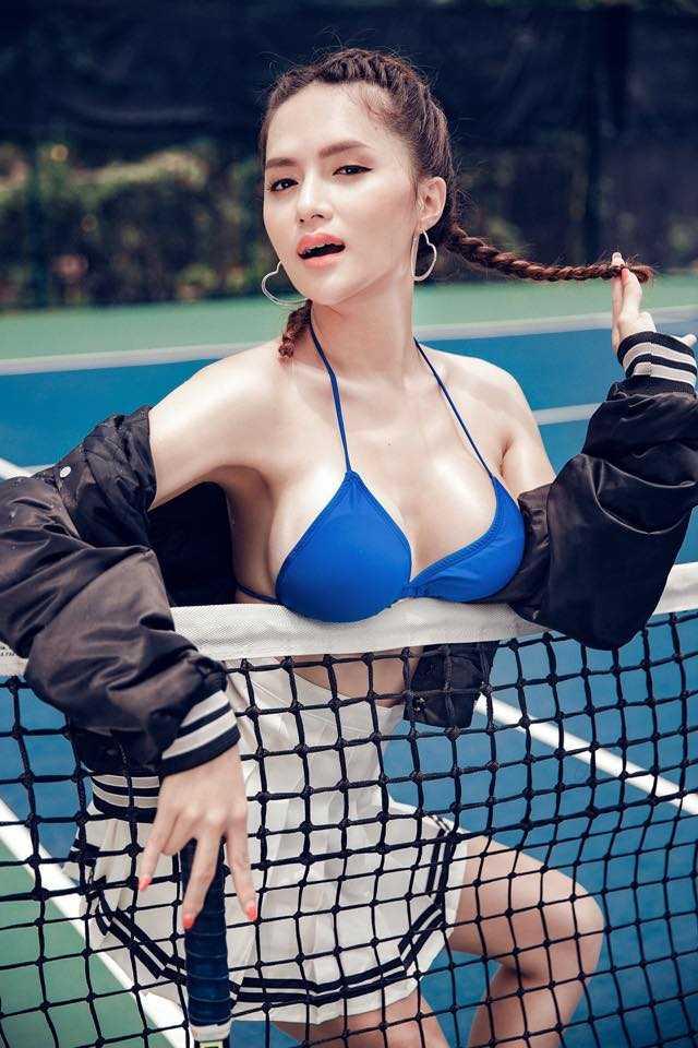 Huong Giang chuyen gioi khoe vong mot duoc photoshop qua da hinh anh 1