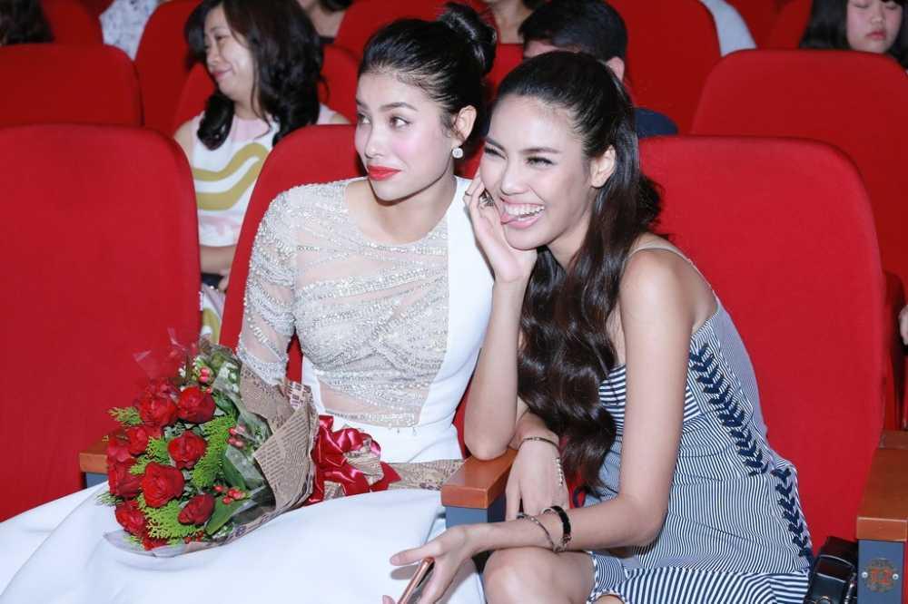 Bi don ghet nhau, Pham Huong hon Lan Khue hinh anh 4