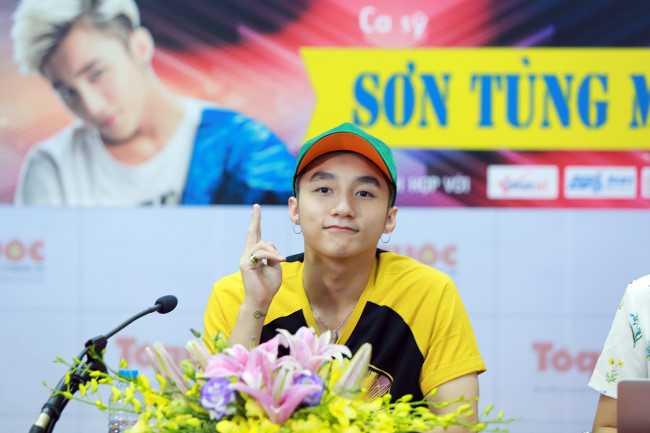 Son Tung M-TP: 'Noi la viec cua moi nguoi, con toi chi tap trung cho cong viec' hinh anh 2
