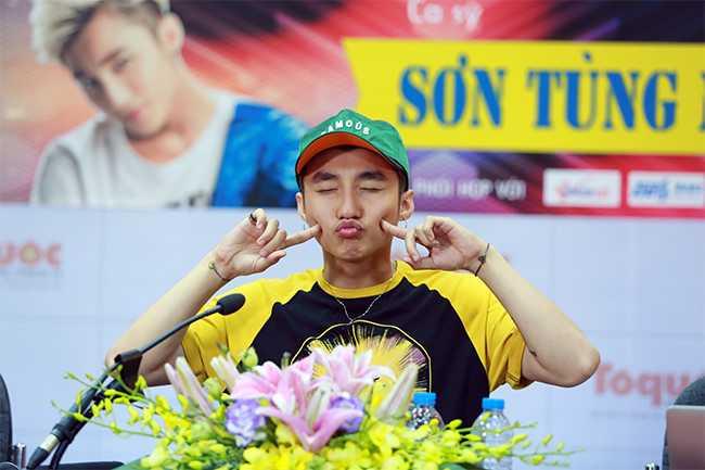 Son Tung M-TP: 'Noi la viec cua moi nguoi, con toi chi tap trung cho cong viec' hinh anh 3