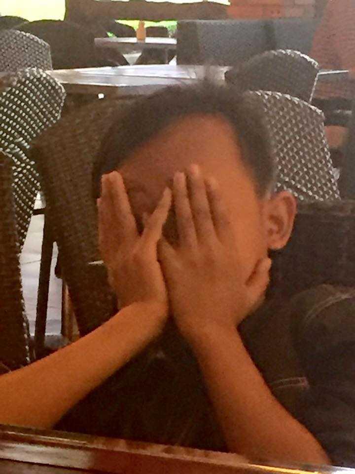 Ho Van Cuong 'doi doi' sau khi lam con nuoi Phi Nhung hinh anh 7