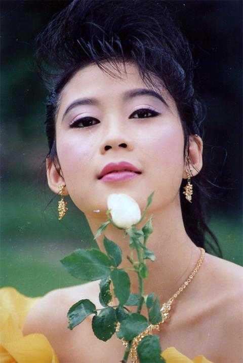 Giat minh voi ve gia nua kho tin cua Le Tuan Anh, BTV Quang Minh hinh anh 9