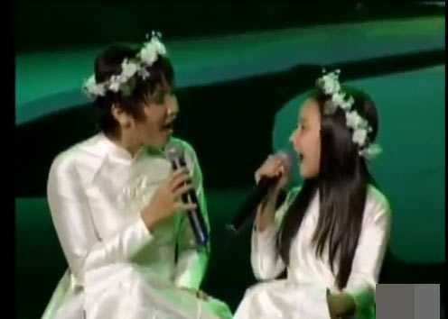 Con gai Anh Quan - My Linh lo hinh xam khi mac do khoe khoan, goi cam hinh anh 14