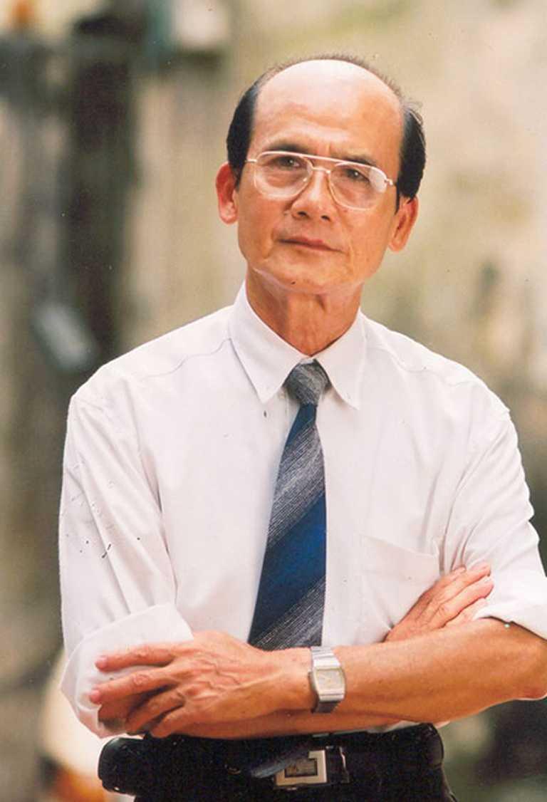 NSUT Pham Bang trai qua 2 lan phau thuat o Singapore, phu nhan bi ung thu hinh anh 2