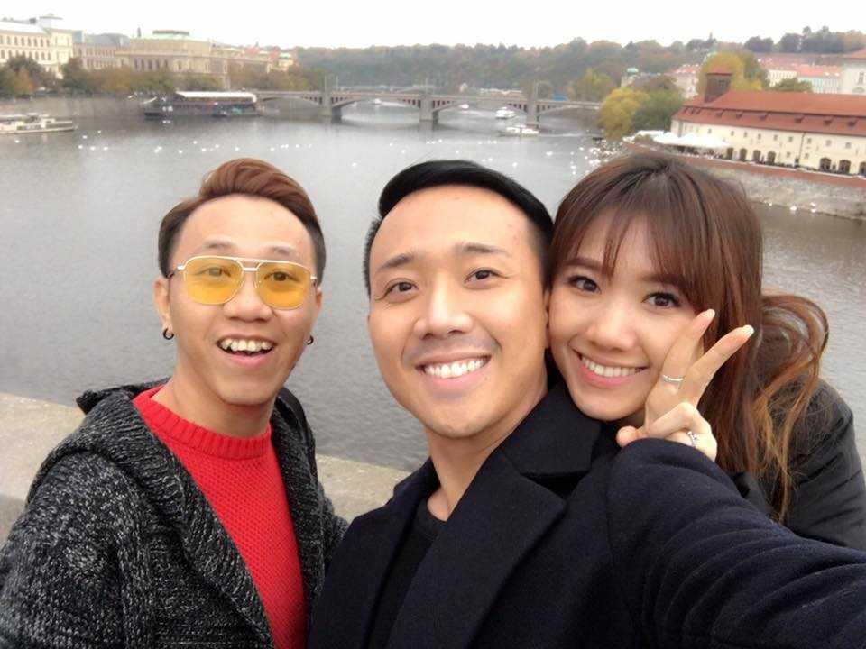 Tran Thanh va Hari Won tinh tu hanh phuc o chau Au hinh anh 13