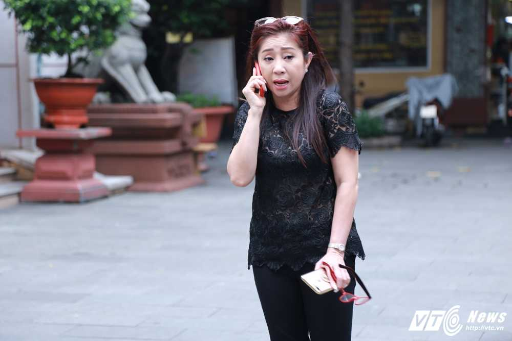 Thanh Loc than tho, Thoai My bat khoc khi toi vieng 'sau nu' Ut Bach Lan hinh anh 4