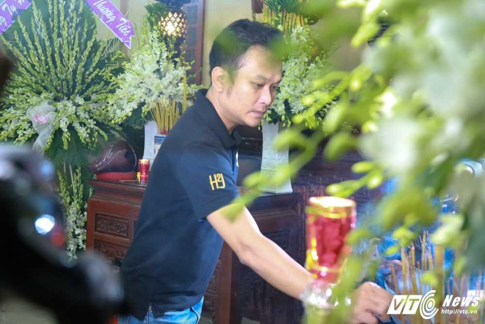 Thanh Loc than tho, Thoai My bat khoc khi toi vieng 'sau nu' Ut Bach Lan hinh anh 9