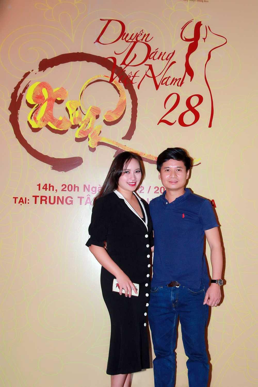 Pham Huong, Lan Khue tai ngo tai Ha Noi hinh anh 1