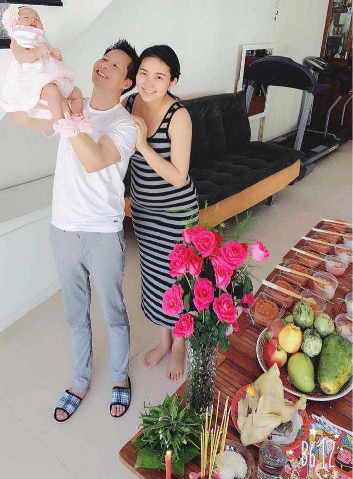 Dai gia Duc An - Phan Nhu Thao hanh phuc khoe con gai hinh anh 1
