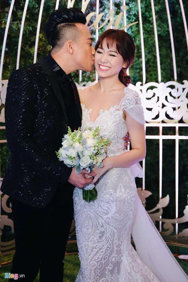 Tran Thanh: 'Toi va Hari Won dat duoc thoa hiep moi ket hon' hinh anh 1