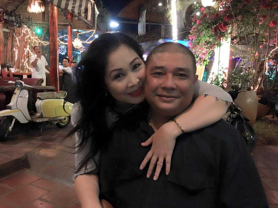 Ngay Quoc te Phu nu 2017: Le Tuan Anh cong khai the hien tinh cam voi Hong Van tren truyen hinh hinh anh 3