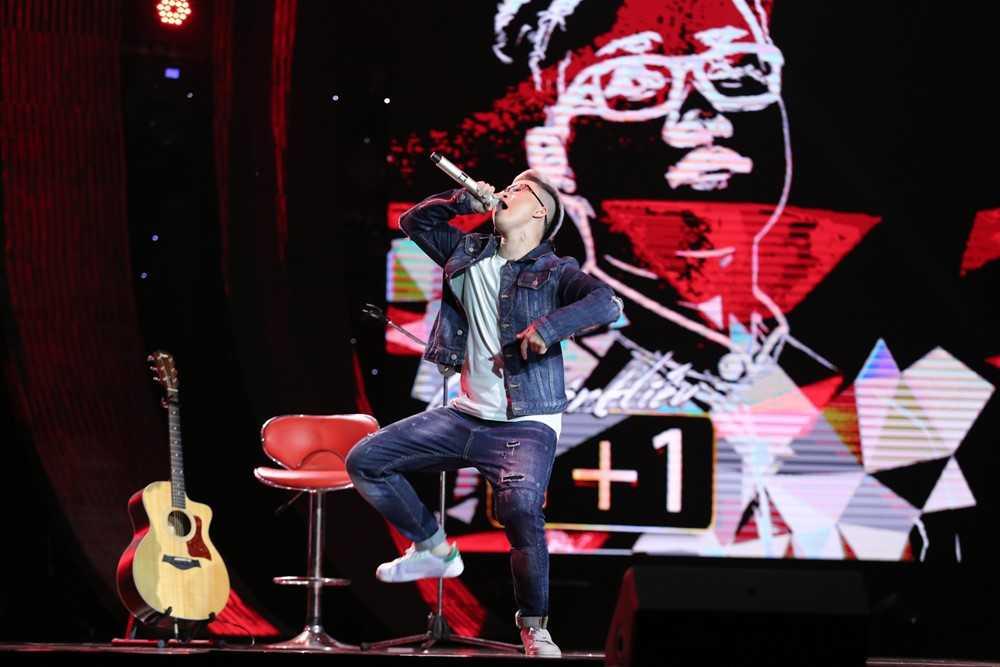 Truc tiep Sing my song: Le Minh Son che nhat, Le Thien Hieu dap 'minh song mac ke doi duoc khong?' hinh anh 1