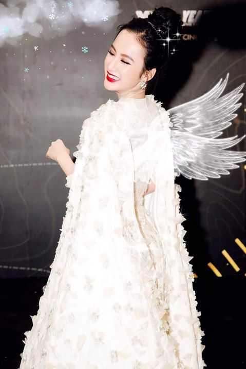 Angela Phuong Trinh dep la voi doi canh thien than hinh anh 1