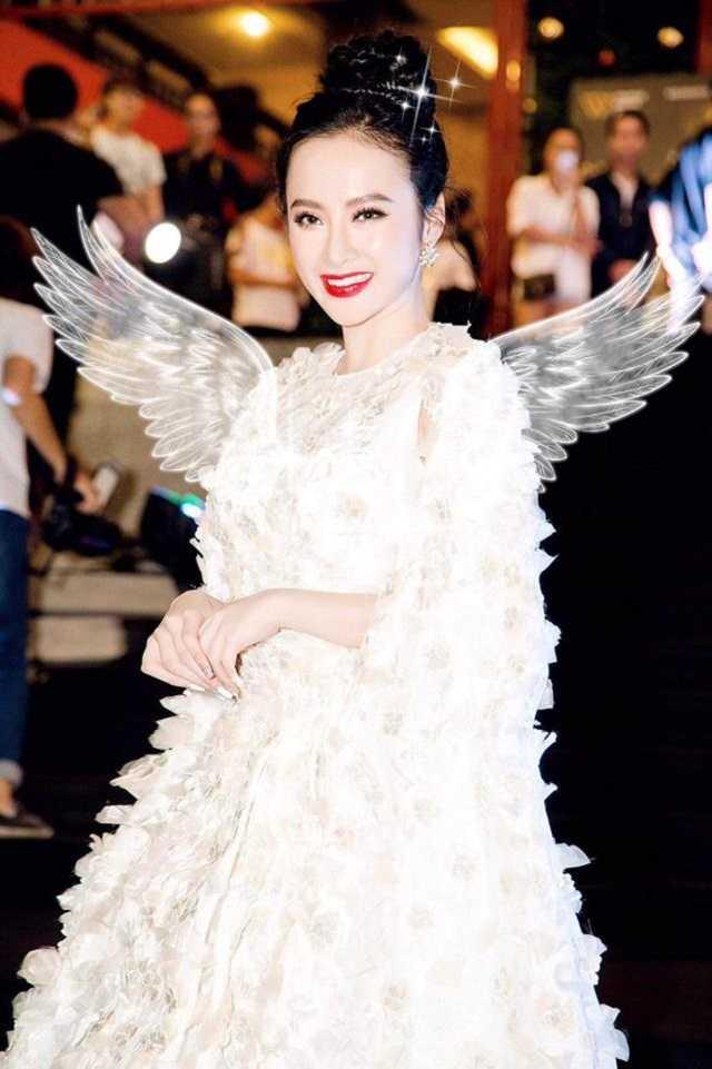 Angela Phuong Trinh dep la voi doi canh thien than hinh anh 2