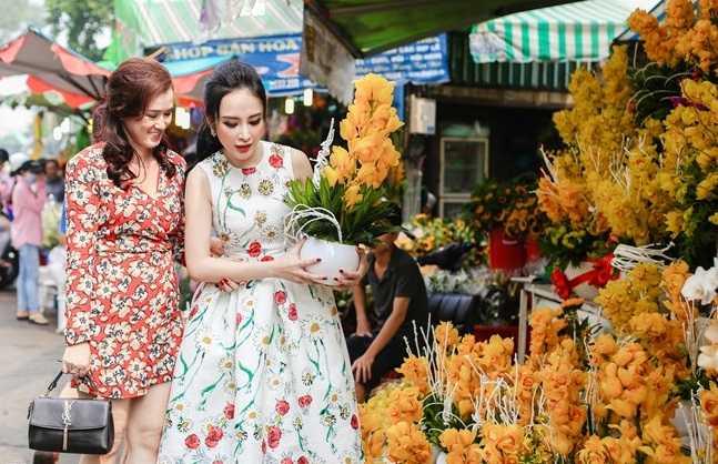 Angela Phuong Trinh dep la voi doi canh thien than hinh anh 3