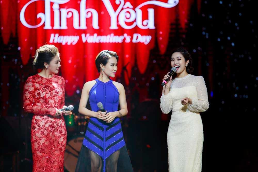 MC Thuy Linh VTV rang ro ben Bang Kieu, Uyen Linh hinh anh 7