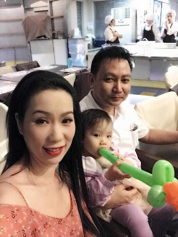 A hau Trinh Kim Chi cung chong con du lich Thai Lan hinh anh 11