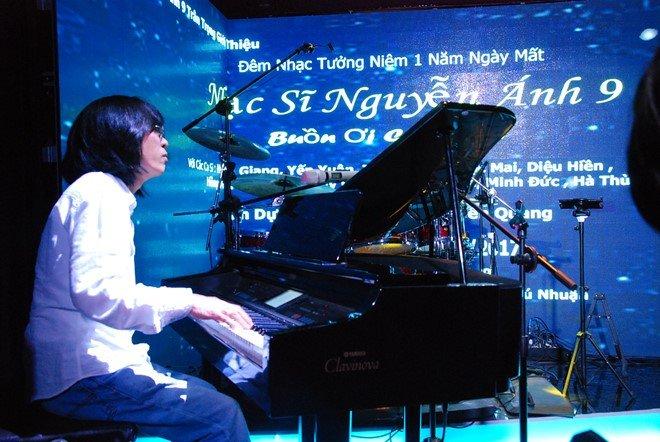 Con trai nhac si Nguyen Anh 9: 'Khong can ten Anh Tuyet, toi van noi tieng' hinh anh 2