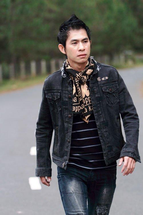 Cat-xe hat san khau 'chuong ga' giup ca si Viet thu 700 trieu dong/thang hinh anh 5