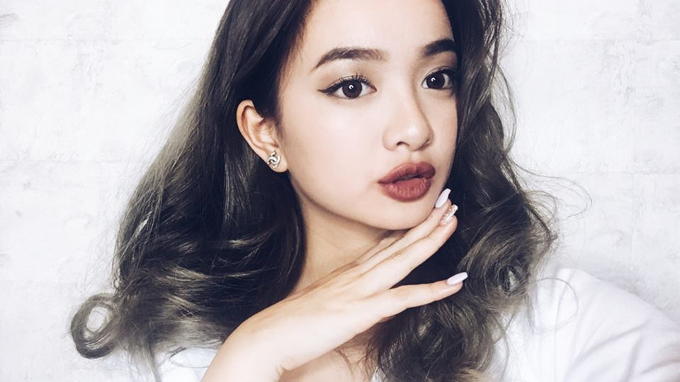 Ve dep nong bong cua hotgirl cao 1,5m trong phim 'Em chua 18' hinh anh 11