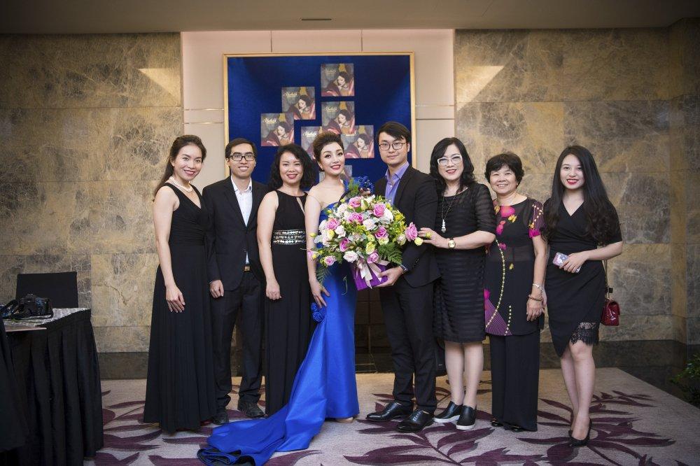 MC Phan Anh toi chuc mung Pham Thu Ha ra album nhac Pham Duy hinh anh 2