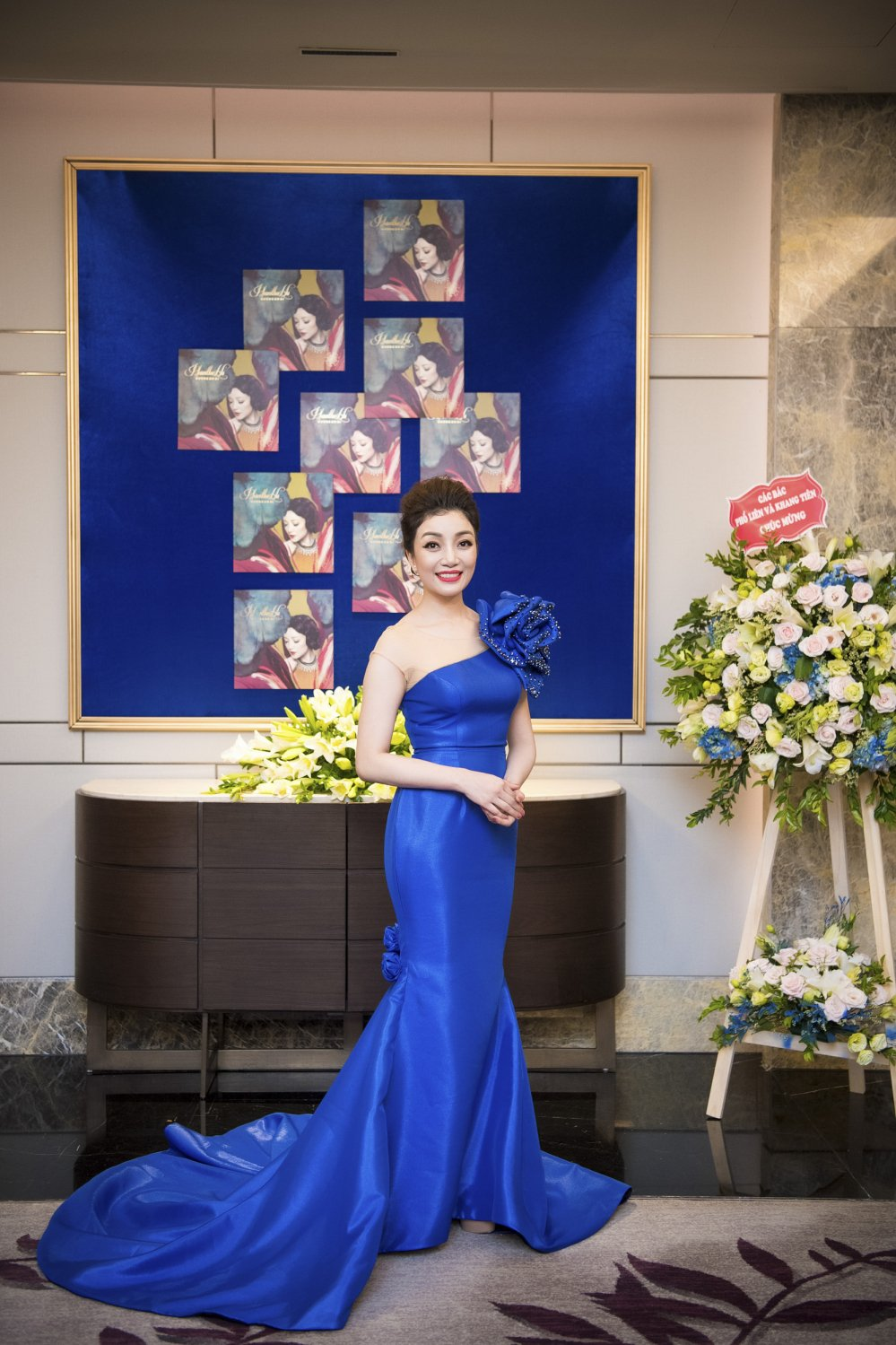 MC Phan Anh toi chuc mung Pham Thu Ha ra album nhac Pham Duy hinh anh 3